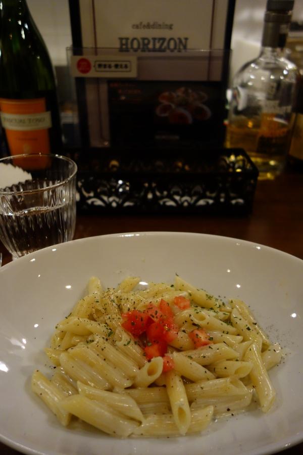 Gorgonzola pasta at ホライズン (Horizon, Tokyo, Japan) on 19 February 2014.